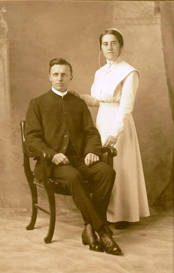 Archie and Abbie McCulloh - Wedding Photo 1916