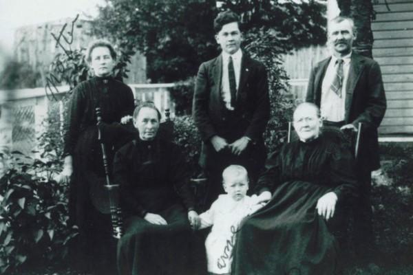 Standing: Mary Ellen Short, Clarence Joseph Rook, Samuel Newton Rook Sitting: Sara Elizabeth McCulloh Short, Melvin Rook, Susan Oyler--1915
